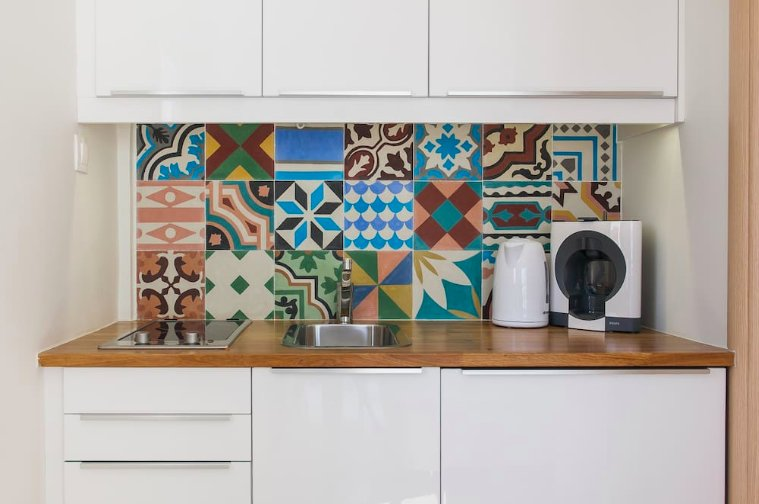 Our beautiful kitchenette with it's lovely handmade cement tiles!