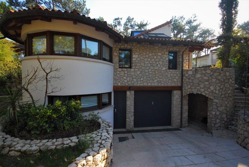 Villa Albea Type E, vacation rental in Lignano Pineta