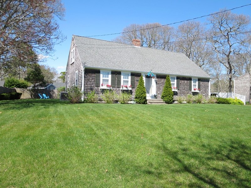 Welcome to: Our Happy Cape Place - 61 Kelley Road West Harwich Cape Cod New England Vacation Rentals