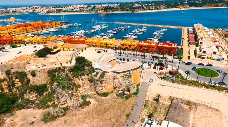 Ancienne forteresse de Portimão et Marina
