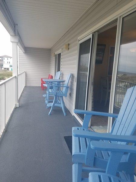 Deck em frente à praia
