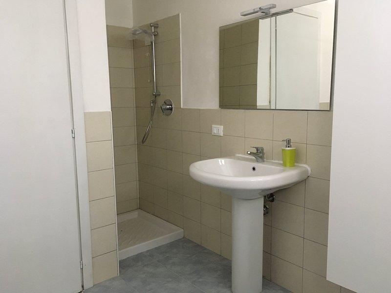 lavabo et douche