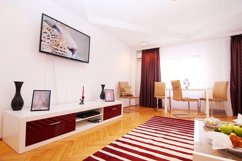 Bright and elegant living room.