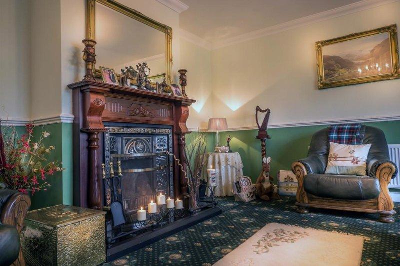 Grangeclare Paddocks B&B - Single Room Ensuite Shower, vacation rental in Kells