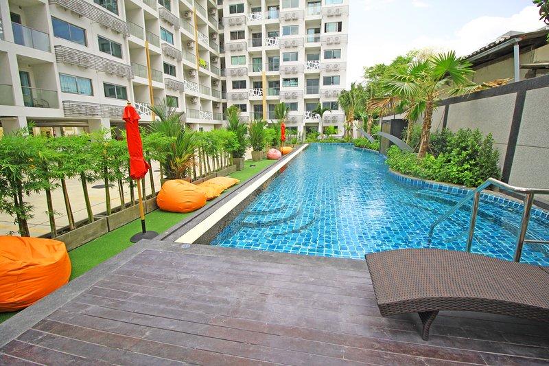 1 Bedroom Apartment Water Park Condominium Pratumnak, holiday rental in Pattaya