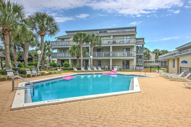 Relax on the beach when you stay at this 1-bedroom, 1-bathroom vacation rental condo in Panama City Beach!