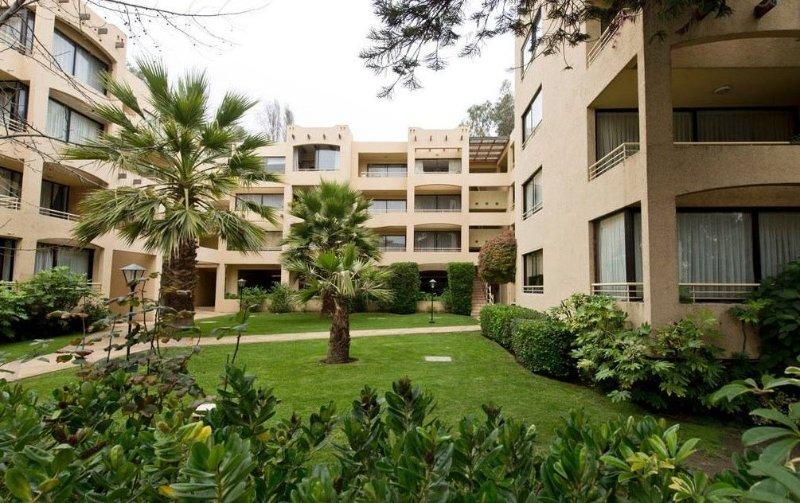 DEPARATAMENTO ALQUILER, DIARIOS, 2 CUADRAS DE LA PLAYA, vacation rental in Renaca