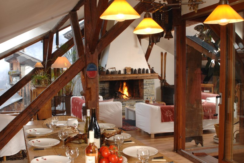 CHALET LA MARMOTTIERE 4*  CHARME ET TRADITION   AVEC SAUNA ET CHEMINEE, holiday rental in Meribel