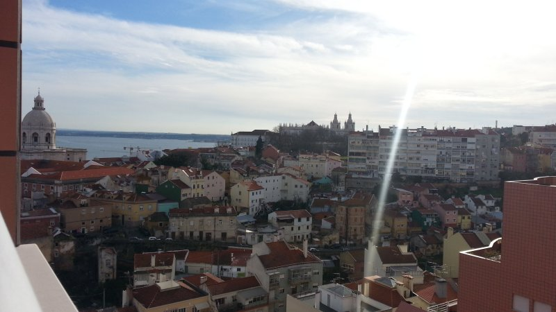Lisbon Balcony PentHouse, holiday rental in Montijo