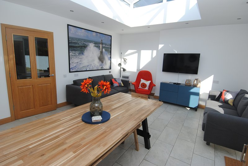 Station Blue - Causeway Coast Rentals, vacation rental in Portstewart