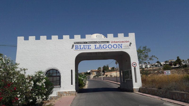 Holiday Bungalow  Rental Blue Lagoon, holiday rental in Vistabella