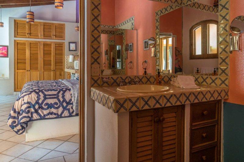 Villa Bradley's bathroom.