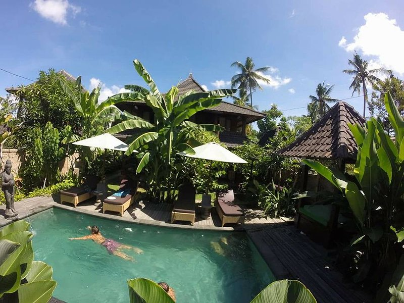 Ningmas Guest House 2, holiday rental in Lodtunduh