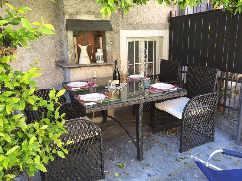 Nice apt near the beach & terrace, vacation rental in Cannero Riviera