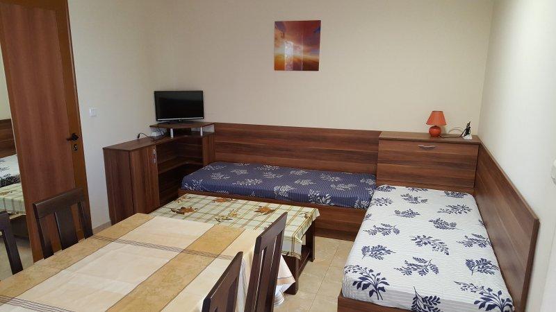 Studio Maryana, vacation rental in Pomorie