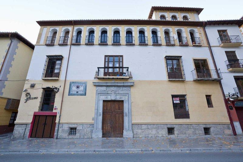 APARTAMENTO CERVANTES - ALHAMBRA - VIEWS - CENTRE - PASEO DE LOS TRISTES, location de vacances à Cenes de La Vega