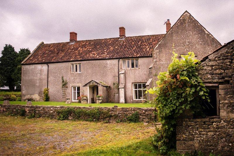 Manor Farm - Lapwing Room, holiday rental in Midsomer Norton