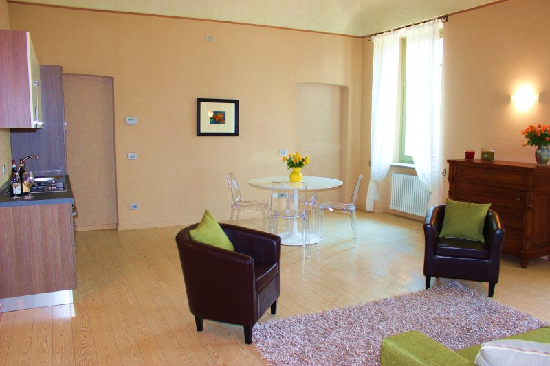 Centro storico, vacation rental in Guarene