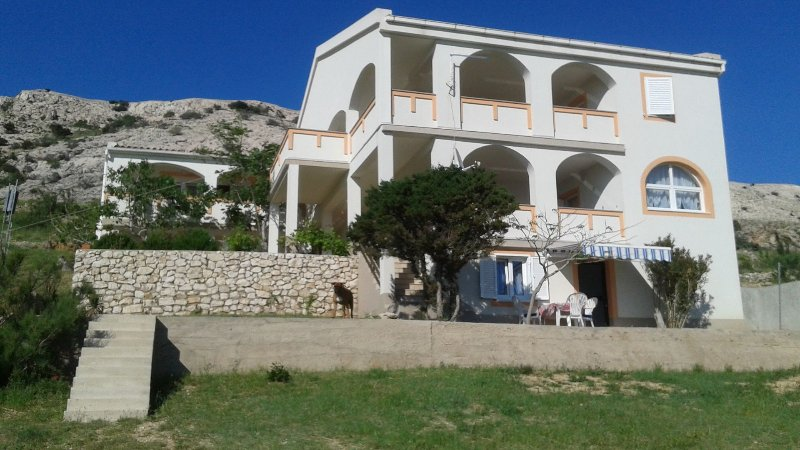 Ante K A1(3) - Metajna, holiday rental in Island of Pag