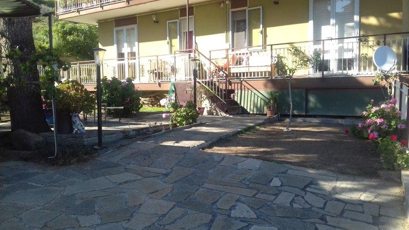 1 recensioni e 11 foto per appartamento con giardino privato aggiornato al 2019 tripadvisor - Casa vacanza con giardino privato liguria ...