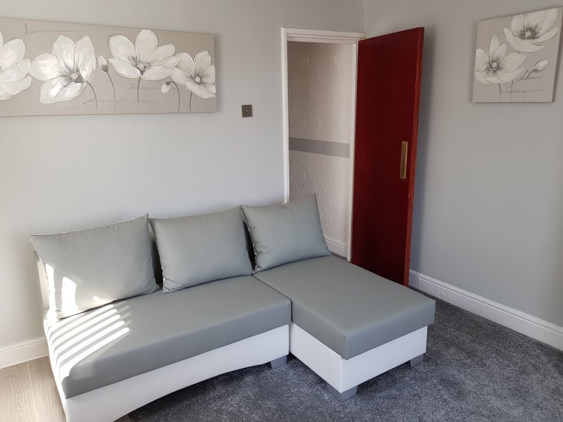 Somerset House Luxury Apartment 3 - Sleeps 4, holiday rental in Blackpool