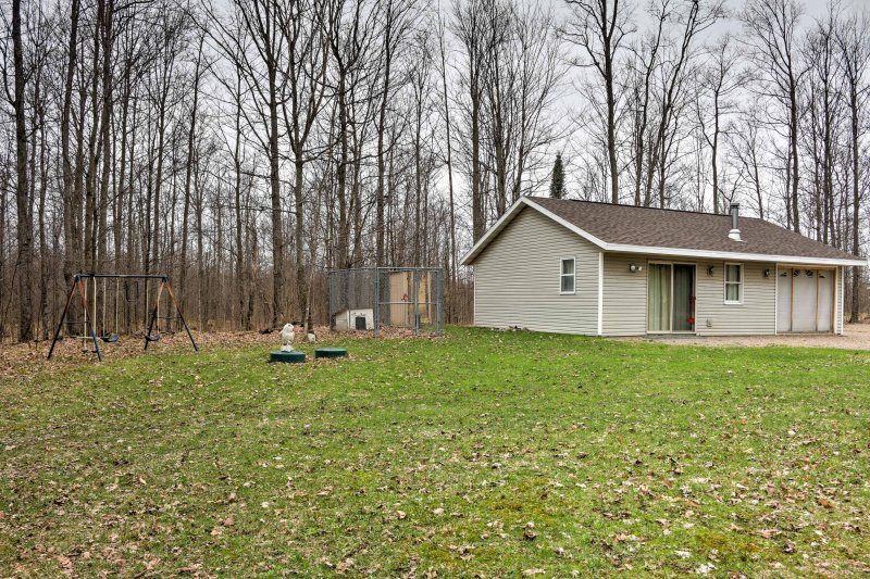 Book this cozy home for the ultimate Wisconsin getaway!