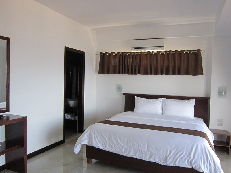 Manarra Sea View Resort Family Room, vacation rental in Puerto Galera