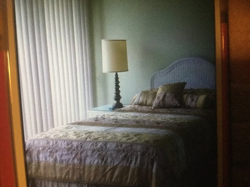 Oceanfront condo, holiday rental in Hutchinson Island