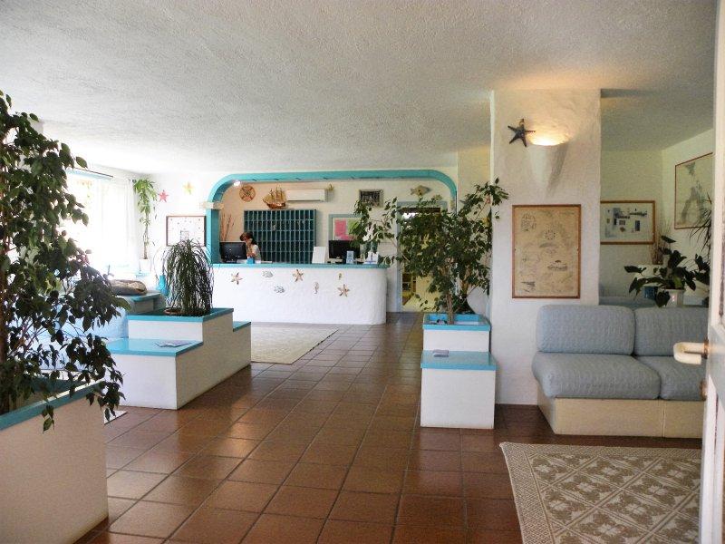 Appartamento a Porto Rotondo - Residence Porto Rotondo Gardens, aluguéis de temporada em Porto Rotondo