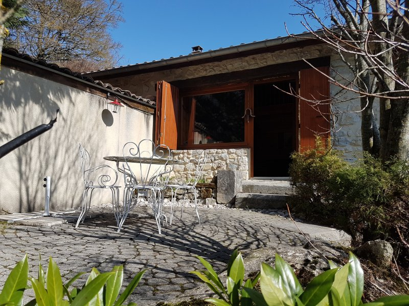 location dans le Vercors Dromois, vacation rental in Plan-de-Baix