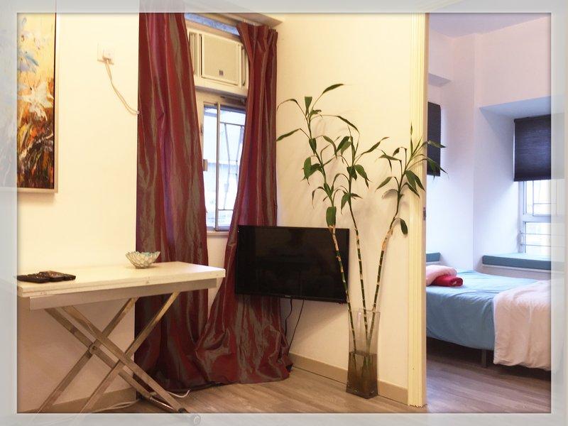 Eine helle und lebendige Umgebung mit großzügigen Fensteransicht ...