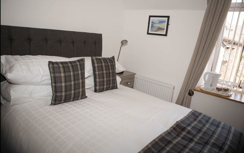 By The Bay Bed And Breakfast - Room 1, holiday rental in Cruden Bay (Port Erroll)