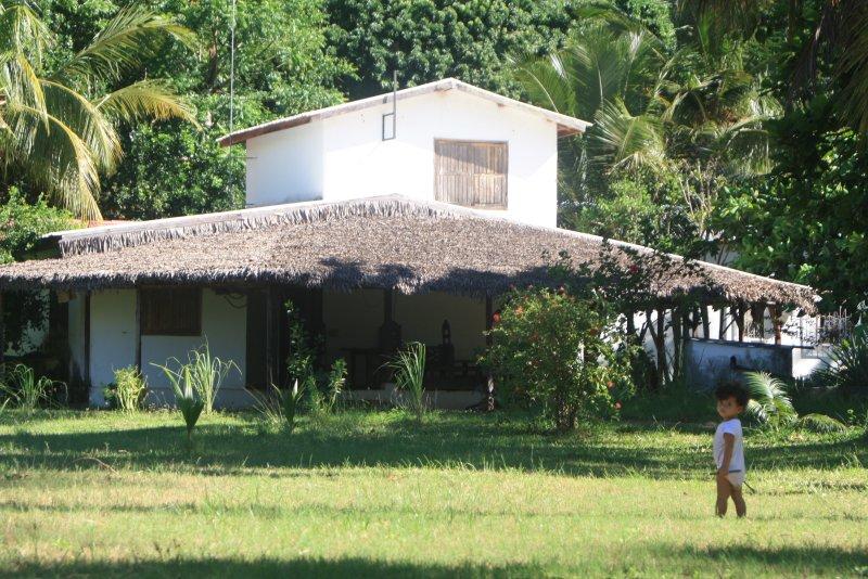 Villa Onja, pieds dans l'eau, villa Luna, 3 chambres, location de vacances à Madagascar