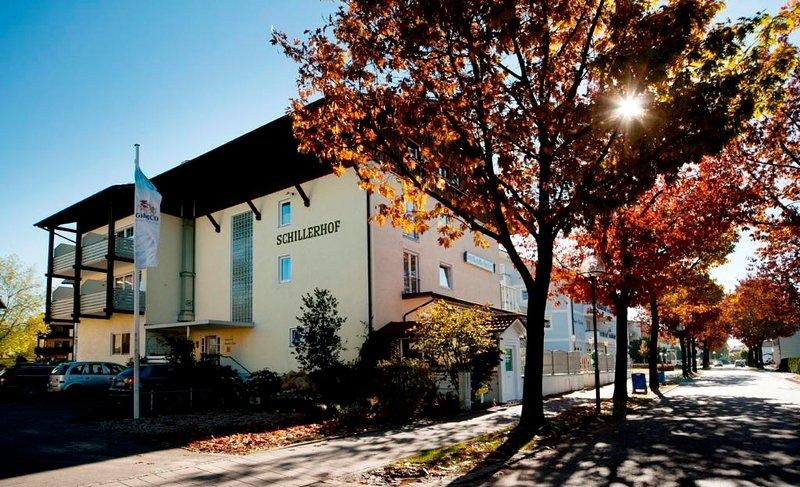 Schillerhof - Doppelzimmer Südseite - 35 qm, holiday rental in Bad Griesbach im Rottal