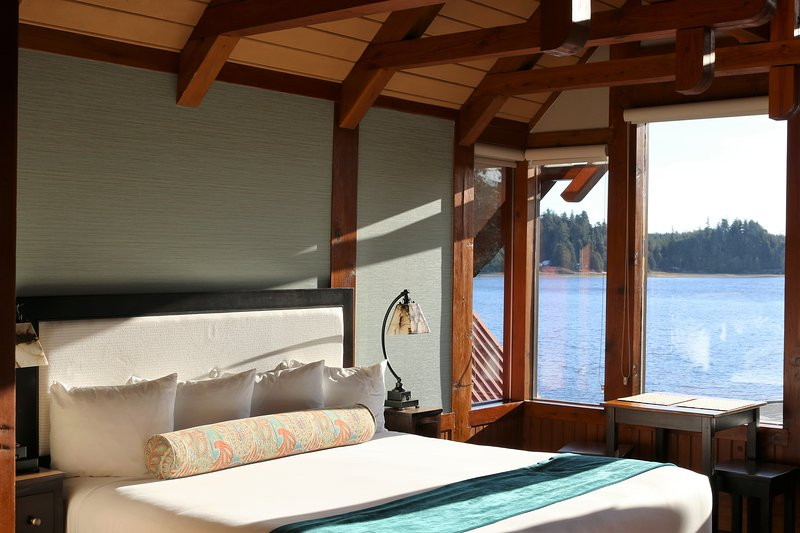 Studio Suite 304 - Whiskey Landing, vacation rental in Barkley Sound