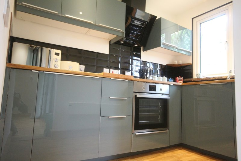 Fully fitted &equipped kitchen