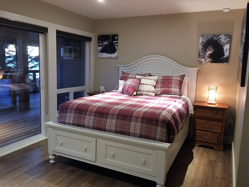 Studio Suite 104 - Melfort Bell, vacation rental in Barkley Sound