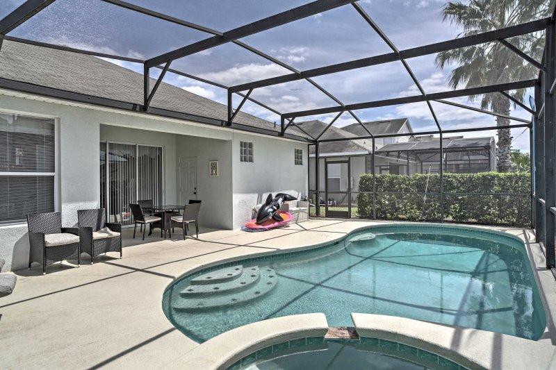 A Kissimmee fuga magica vi attende al 'di Minnie Florida Villa,' un 4 camere da letto affitto villa nella comunità esclusiva Windsor Palms.