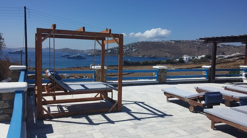 Frangiska Tessera: One bedroom apt, for 3 persons, shared pool, in Agia Anna, vacation rental in Paraga