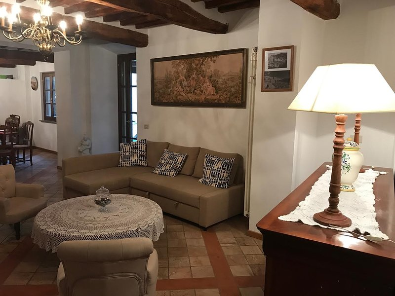 Maison de village authentique, holiday rental in Rivalto