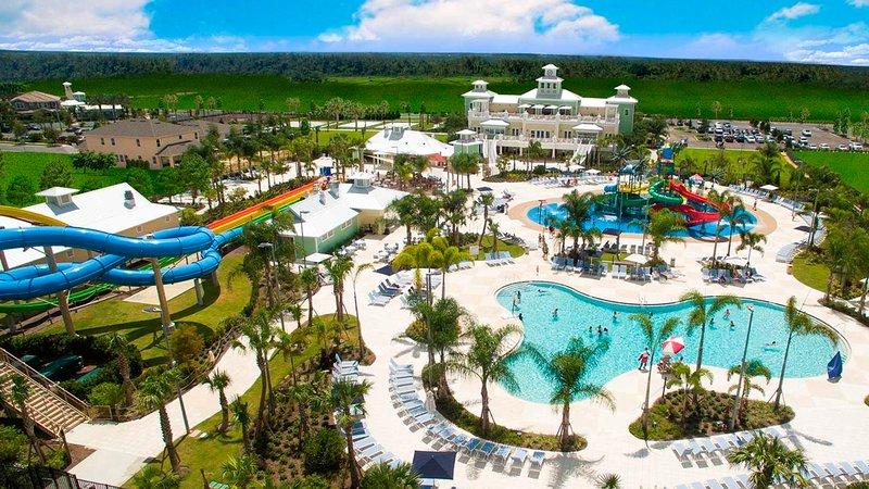 Seis dormitorios casa ubicada en el Club Encore en Orlando, a menos de 10 minutos a Disney!
