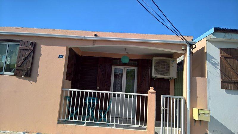 Jolie petit maison typique , quartier très calme, holiday rental in Le Moule
