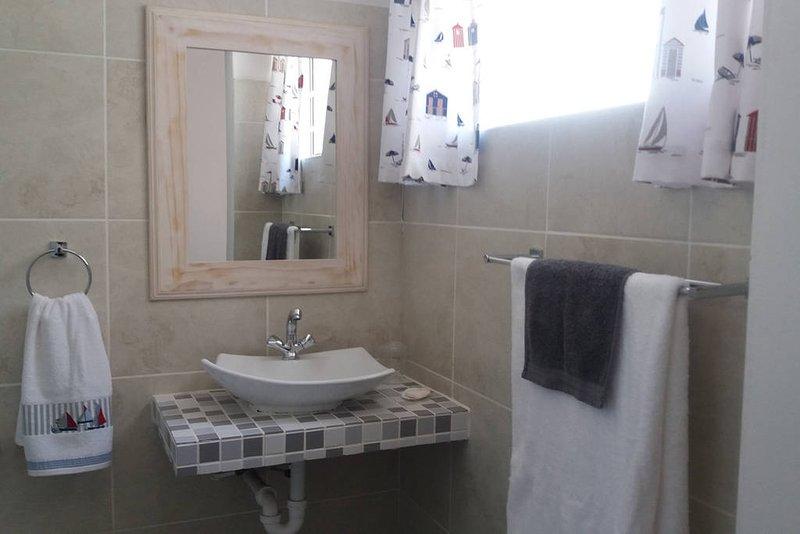 Traje de baño (dormitorio 4).