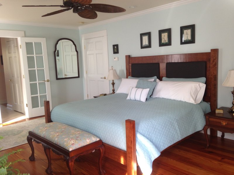 River Dell Bed & Breakfast, holiday rental in Bentonville