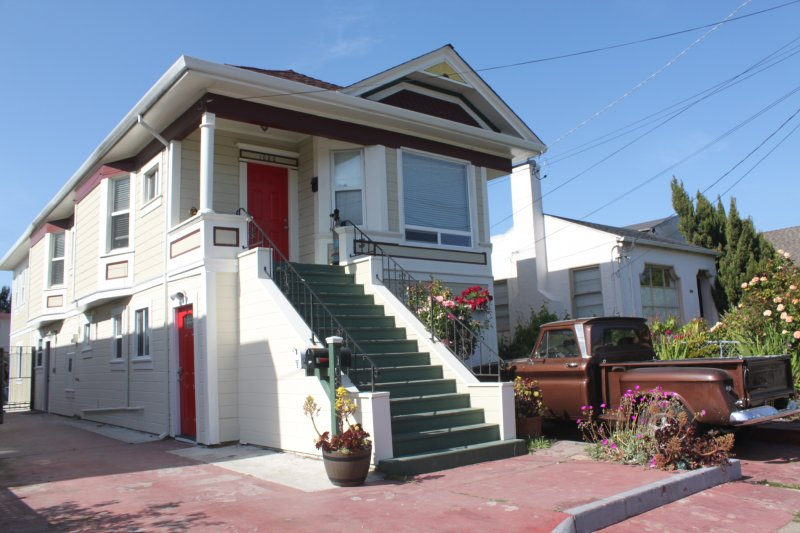 Updated apartment on Oakland/Berkeley border!, alquiler de vacaciones en Albany