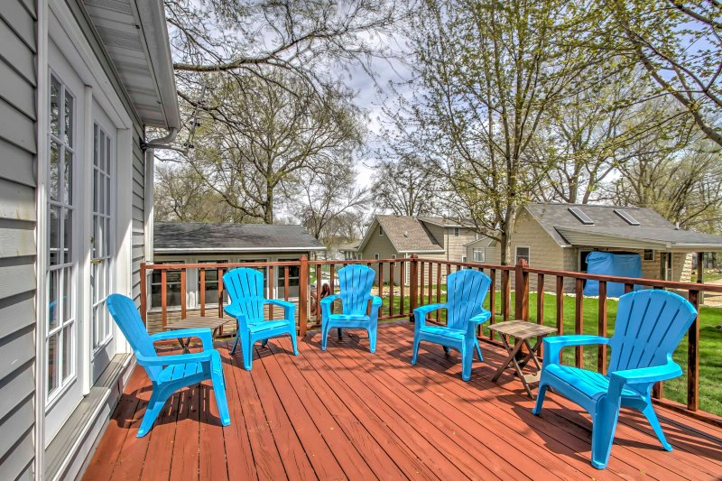 Enjoy good company with a good glass of wine on the back deck.