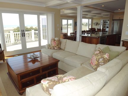 Another View of Living Room w/Slider to Deck