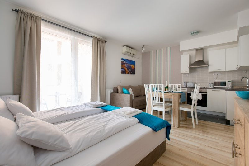 Comfortable Studio with equipped kitchen, and private bathroom