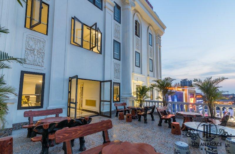 Tan An Palace Hotel & Apartment, holiday rental in Hai Phong