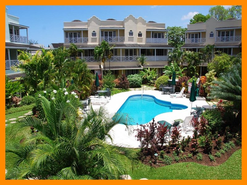 Margate Gardens 4 - Steps from beach - Shared pool – semesterbostad i Hastings